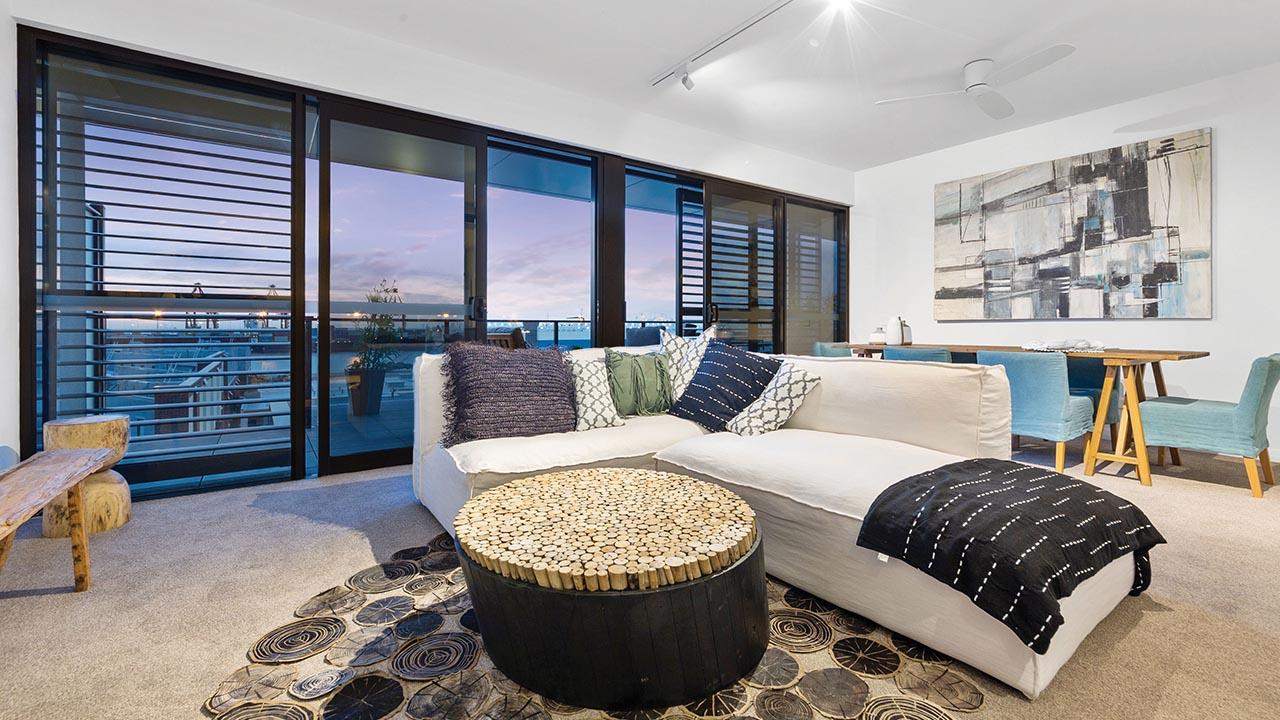 Liv Apartments